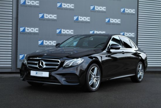 Mercedes-Benz E220d AMG 4-Matic