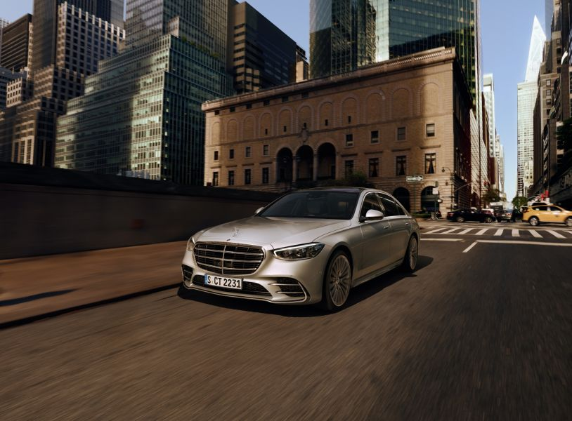 Mercedes-Benz once again world's most valuable luxury automotive brand